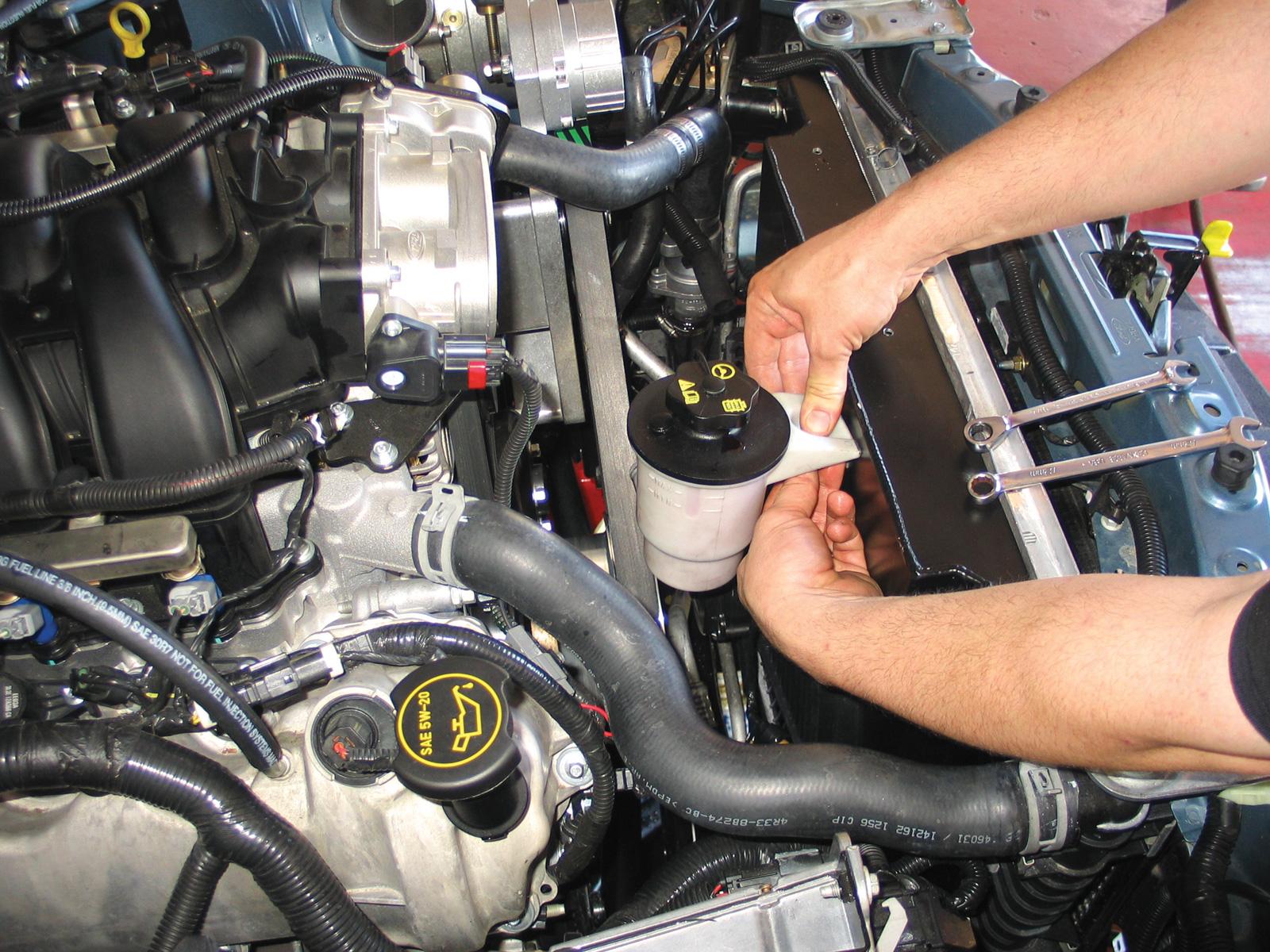 tips dan cara mengganti oli pada power steering mobil