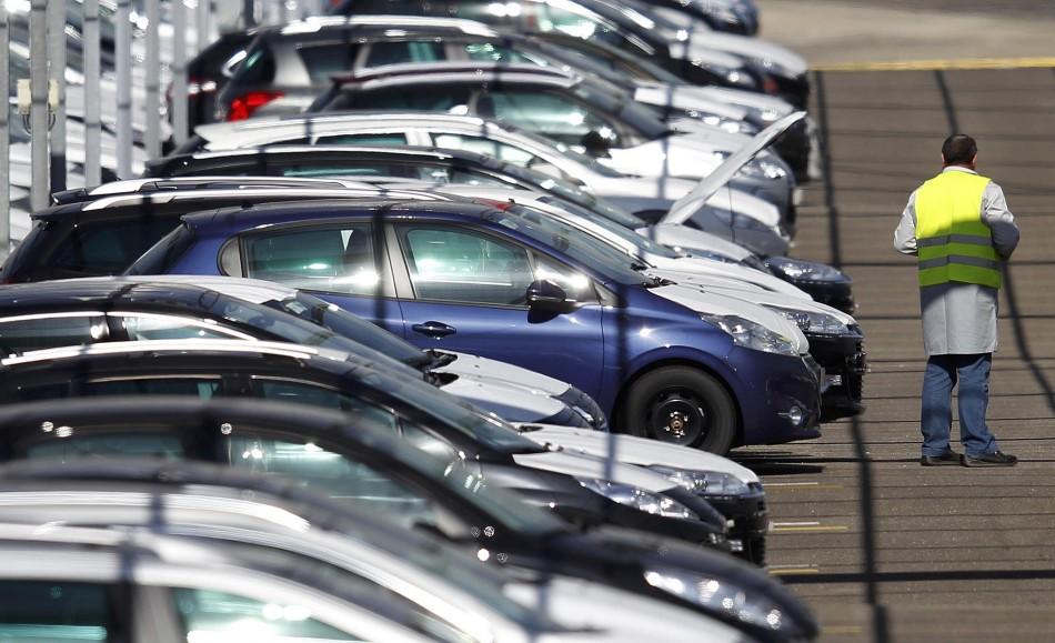 memasuki-bulan-bulan-awal-2014-tren-penjualan-mobil-tetap-tinggi